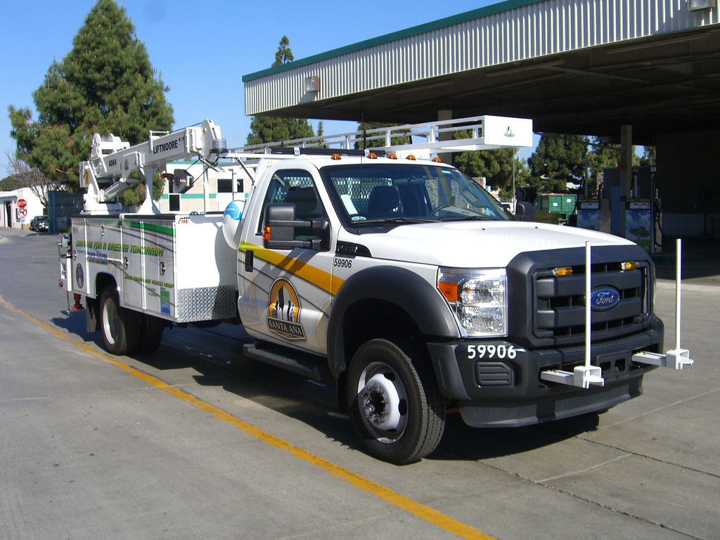 Premier Ford F 550 Fueled By Propane Autogas Services Streets Of Santa Ana